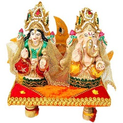 Lakshmi and Ganesh idol